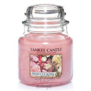 Yankee Candle FRESH CUT ROSES świeca zapachowa słoik średni 411g